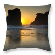 Seastacks, Oregon Throw Pillow