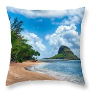 Secret Island Beach And Chinaman's Hat Throw Pillow