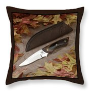 Shady Oak Knife-faa Throw Pillow