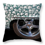 Skull Patterns Throw Pillow