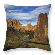 Smith Rock State Park - Oregon Throw Pillow