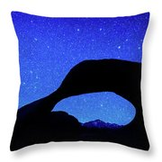 Starry Arch At Mobius Arch, Alabama Throw Pillow