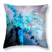 Still Life 678923 Throw Pillow