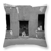 St.james 1981 Throw Pillow