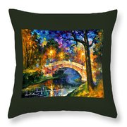 Stone Bridge - Palette Knife Oil Painting On Canvas By Leonid Afremov Throw Pillow