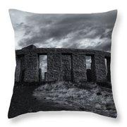 Stonehenge Of America Throw Pillow