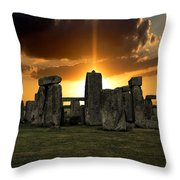 Stonehenge Wiltshire Uk Throw Pillow