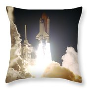 Sts-72, Space Shuttle Endeavor Launch Throw Pillow