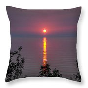 Sunrise On Middle Island Throw Pillow