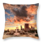 Sunset Over Buckingham Fountain Throw Pillow