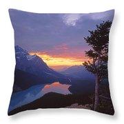 1m3607-sunset Over Peyto Lake Throw Pillow