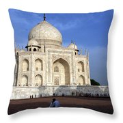 Taj Mahal Love Throw Pillow