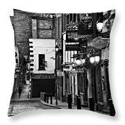Temple Bar / Dublin Throw Pillow