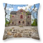 The Old Sone Barn At The Highlands Throw Pillow