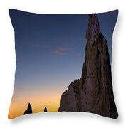 The Pinnacles 2am-111069 Throw Pillow