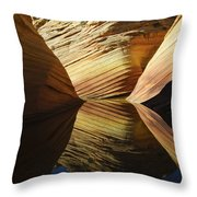 The Wave Reflected Beauty 2 Throw Pillow