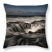 Thor's Well Or Cooks Chasm Throw Pillow