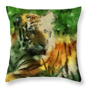 Tiger Resting Photo Art 03 Throw Pillow
