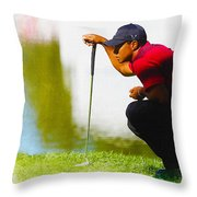 Tiger Woods Lines Up A Putt On The 18th Green Throw Pillow