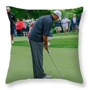 D12w-457 Tiger Woods Throw Pillow