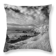 To Trinidad Head Throw Pillow