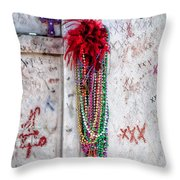 Tomb Of Marie Laveau New Orleans Throw Pillow