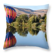 Touchdown On The Yakima River Throw Pillow