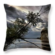 Tower Rock In The Mississippi River Throw Pillow