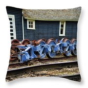 Trains Tr3634-13 Throw Pillow