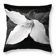Trillium Flower In Black And White Throw Pillow