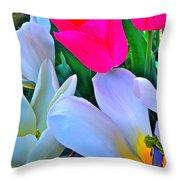 Tulip 35 Throw Pillow