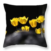 Tulips 6077 Throw Pillow