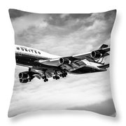 United Airlines Airplane In Black And White Throw Pillow by Paul Velgos