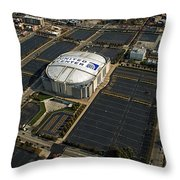 United Center Chicago Sports 10 Throw Pillow