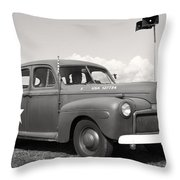 Us Army Ford Staff Car  Throw Pillow