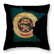 Usa American Minnesota State Map Outline With Grunge Effect Flag Throw Pillow
