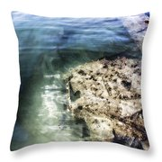 Uss Arizona Memorial- Pearl Harbor V8 Throw Pillow