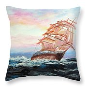 Veliero In Navigazione Throw Pillow