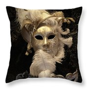 Venetian Face Mask B Throw Pillow