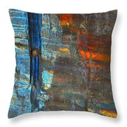 Vertical Dominance In Horizontal Sea Throw Pillow