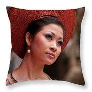 Vietnamese Bride 09 Throw Pillow
