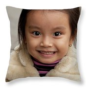 Vietnamese Girl 03 Throw Pillow