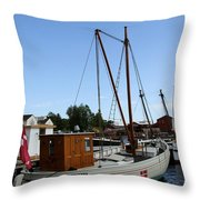 Vintage Sailing Boat - Ct Throw Pillow