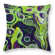Violeta E Verde Throw Pillow