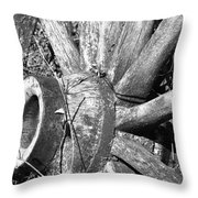 Wagon Wheel - No Where To Go - Bw 03 Throw Pillow