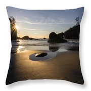 Washington Beach Sunstar Dusk Throw Pillow