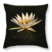 Waterlilly 6 Throw Pillow