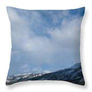 Wildernis Landscape Panorama In Yukon Territory Throw Pillow
