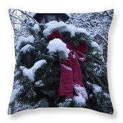 Winter Wreath Throw Pillow
