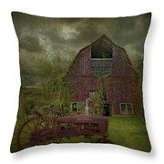 Wisconsin Barn 3 Throw Pillow